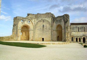 Hagenah: Abbaye de Trizay